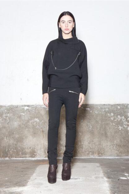 Txell Miras FW19-T03 top black + FW19-P31 black skinny pants