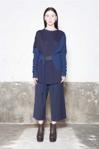 Txell Miras FW19-T05 navy top + FW19-P34 navy trousers